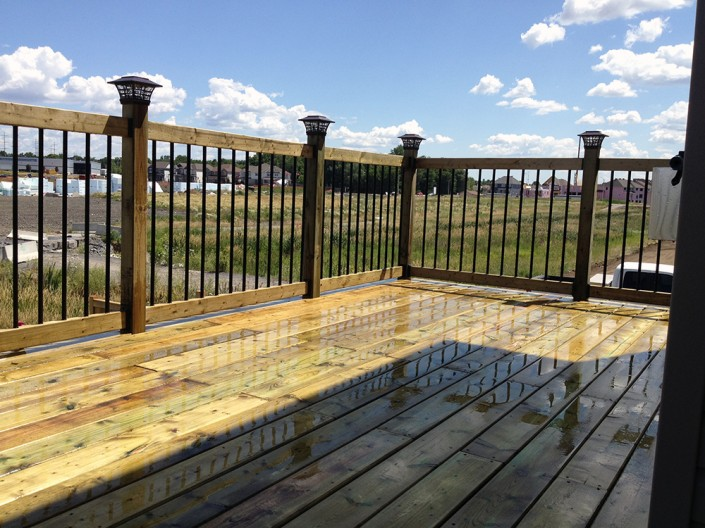 Synergy3 Construction Ottawa Raised Deck Black Stiles Railing