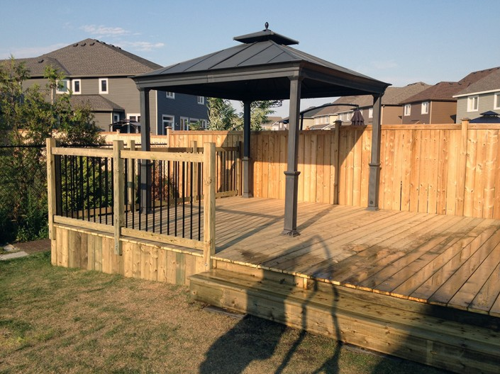 Synergy3 Construction Ottawa Custom Wood Deck Railing Gazebo