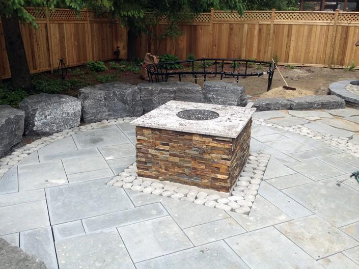 Synergy3 Construction Ottawa Custom Backyard Fireplace, Outdoor Living, Comfortable Backyard