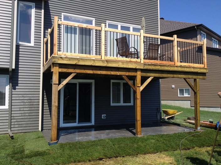 Synergy3 Construction Ottawa Custom Deck Builder Interlock